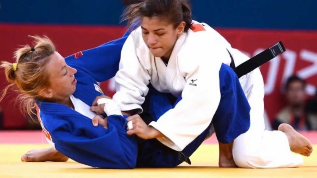 women s judo debate Women's judo debate women's judo my dear fellow judos, martial arts practitioners and sports women, l, gamma gibbons, am delighted you have joined me today to.