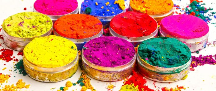 It's Holi! Gear up for the day of Colors!